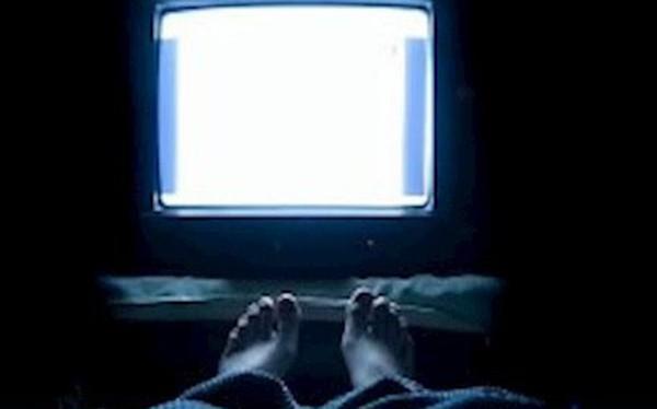 Nghiên cứu: Vừa ngủ vừa bật đèn hoặc vừa ngủ vừa bật TV dễ dẫn tới béo phì