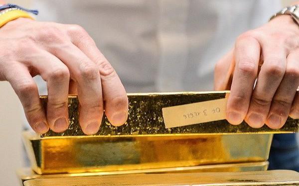 Bất ổn tăng cao khiến nhà đầu tư mua mạnh vàng