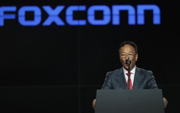 Nhà sáng lập Foxconn khuyên Apple chuyển hoạt động sản xuất ra khỏi Trung Quốc