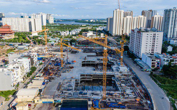 """Cận cảnh dự án Raemian Galaxy City hơn 13.000 căn hộ nằm trong trung tâm Thủ Thiêm """"xây lụi"""""""