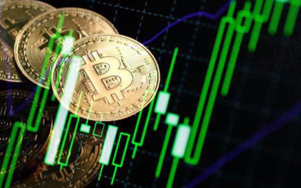 Giá Bitcoin tăng tốc mạnh, hướng mốc 13.000 USD