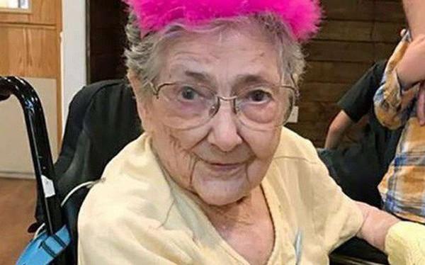 """Chuyện khó tin về dị nhân sống 99 năm với nội tạng """"đảo ngược"""": Bí mật gần 1 thế kỷ không ai hay, khi chết hiến xác cho y học mới gây sốc"""