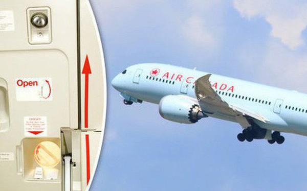 Đây là những gì thực sự sẽ xảy ra nếu bạn mở cửa máy bay khi đang ở giữa bầu trời