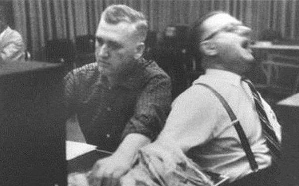 """Thí nghiệm tâm lý """"vô nhân đạo"""" nhất lịch sử nhân loại và những sự thật gây tranh cãi đáng sợ đằng sau đó"""