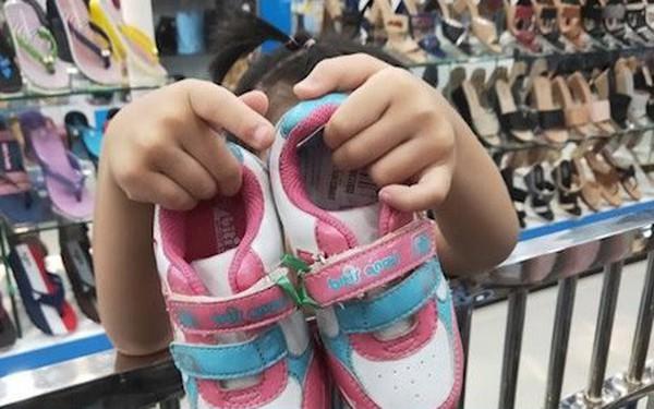 Người Việt hay mua online vào giữa tuần, tìm kiếm nhiều nhất: son môi, giày, ba lô