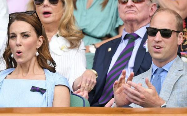 """Chung kết Wimbledon: Công nương Kate hết ôm mặt lại chu môi ngạc nhiên tột độ khi chứng kiến trận siêu kinh điển quần vợt, """"Doctor Strange"""" và """"Loki"""" ăn mặc lịch lãm như đi thử vai """"Mật vụ Kingsman"""""""