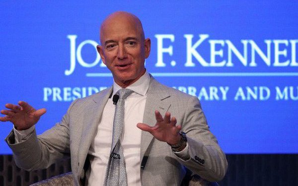 Tỷ phú giàu nhất thế giới tiết lộ lý do rót tiền vào ngành vũ trụ