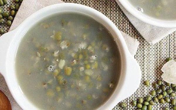 GS dinh dưỡng chia sẻ cách ăn đậu xanh để thải độc, giải nhiệt: Quà quý cho các gia đình