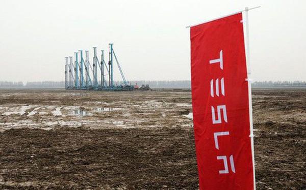 Xây nhà máy ở Trung Quốc, công ty xe điện của Elon Musk mất số tiền khổng lồ để trả thuế