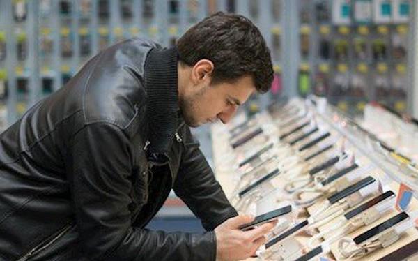 Đừng dại dột mua điện thoại mới lúc này: Phần thưởng chỉ dành cho người kiên nhẫn!