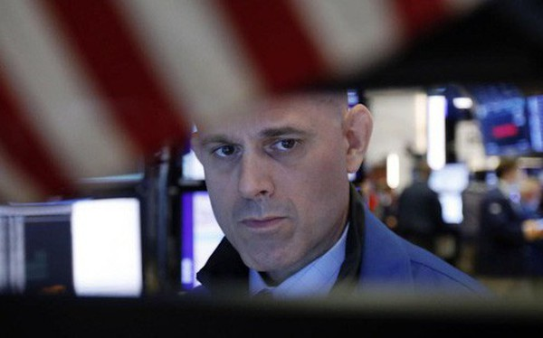 Trung Quốc đáp trả đòn áp thuế của Mỹ, S&P 500 và Nasdaq ghi nhận tuần tồi tệ nhất của năm 2019, Dow Jones có lúc mất hơn 300 điểm