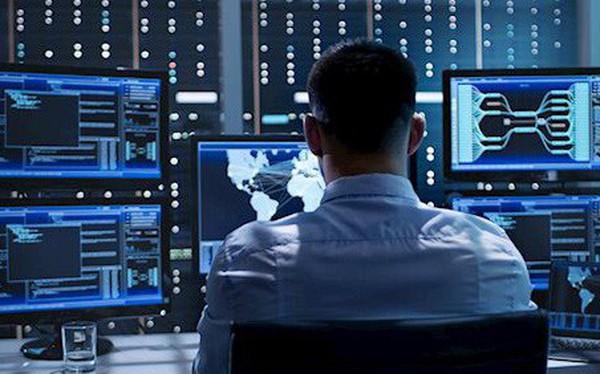 """Lương tăng phi mã, doanh nghiệp vẫn """"đỏ mắt"""" tìm chuyên gia an toàn thông tin"""