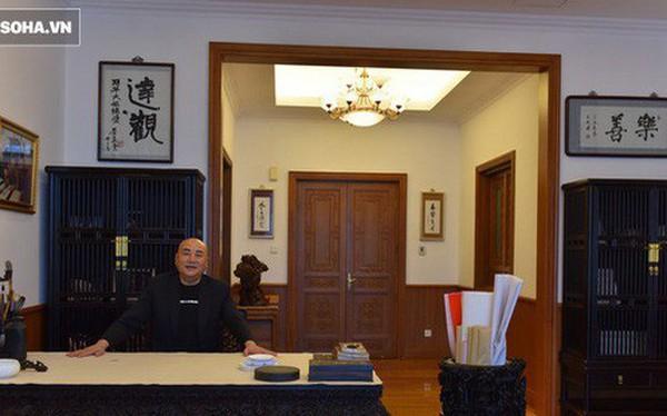 """ĐỘC QUYỀN: Choáng ngợp tài sản khổng lồ và bảo tàng gỗ quý, lớn nhất Trung Quốc của """"Đường Tăng"""" phim Tây Du Ký"""