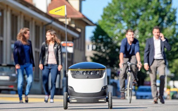 Startup dùng robot giao hàng cho sinh viên lười gọi vốn thành công 40 triệu USD