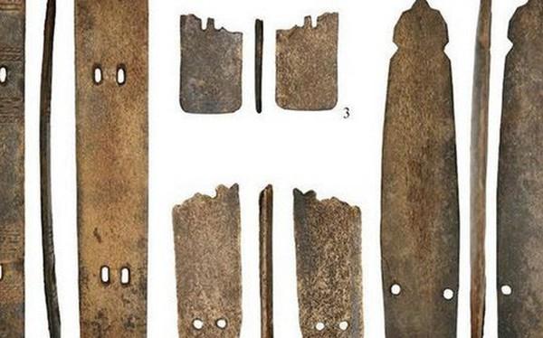 Phát hiện những bộ áo giáp chiến binh kì lạ nhất trong lịch sử nhân loại tại Bắc Cực, làm bằng sừng tuần lộc