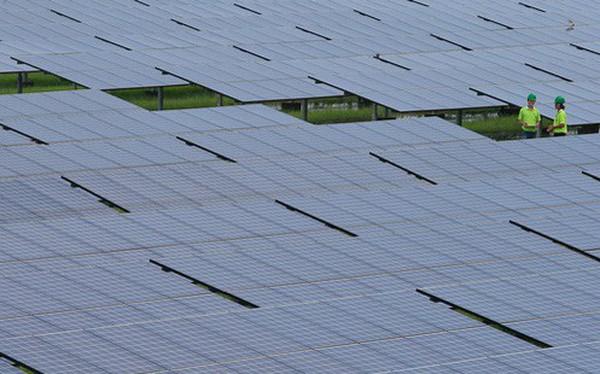 Làn sóng tư nhân đầu tư vào năng lượng tái tạo nhưng lấy đâu đủ 10 tỷ USD mỗi năm cho điện để hoàn thành mục tiêu quốc gia?