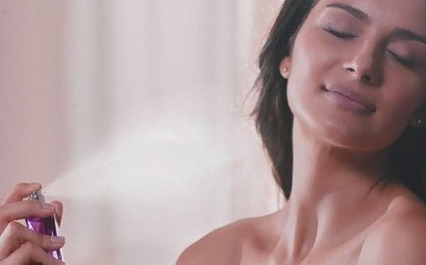 Không nên xịt nước hoa vào 5 vùng cơ thể này: Lợi chưa thấy, hại đã xuất hiện