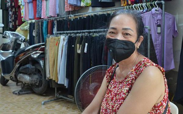Vụ cháy Công ty Rạng Đông: Dân hoang mang dắt nhau vào viện xét nghiệm độc thủy ngân
