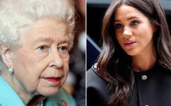 """Meghan Markle gây sốc khi """"hắt hủi"""" Nữ hoàng Anh, tiếp tục tỏ thái độ chảnh chọe, kiêu ngạo khi từ chối lời mời của người đứng đầu hoàng gia"""