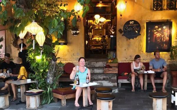 Chủ tịch TP Hội An lên tiếng vụ quán cà phê chỉ phục vụ khách Tây, đuổi khách Việt