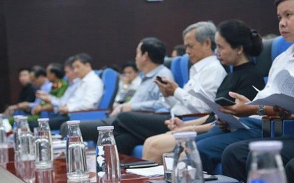 Từ thư ngỏ của Thủ tướng Chính phủ đến sự biến mất của chai nhựa trong các cuộc họp tại cơ quan, chính quyền địa phương