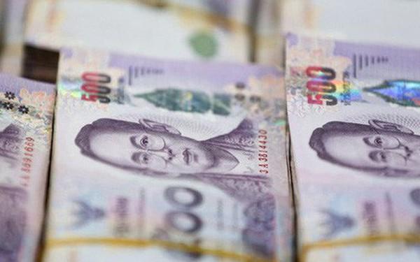 """Đồng Baht thành """"vịnh tránh bão"""", kinh tế Thái Lan khốn đốn"""