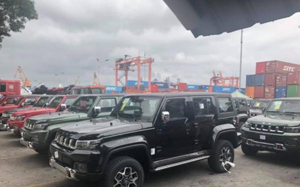"""Ôtô Trung Quốc """"nhái"""" xe sang đổ bộ thị trường, dân Việt thờ ơ"""