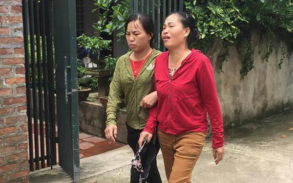 Nạn nhân sống sót trong vụ anh sát hại cả gia đình em trai khóc từ đầu làng đến tận nhà khi nghe tin con gái và bố mẹ chồng đã mất