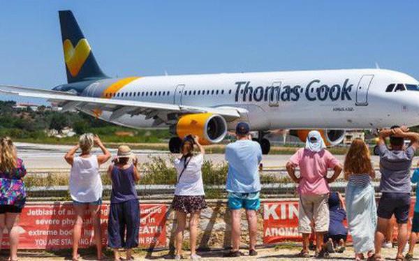 Công ty lữ hành 178 năm tuổi Thomas Cook phá sản, hàng trăm nghìn du khách có nguy cơ mắc kẹt ở nước ngoài