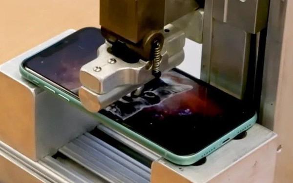 """Màn tra tấn cho thấy iPhone 11 Pro khá bền, nhưng không có """"phép màu"""" nào đặc biệt"""