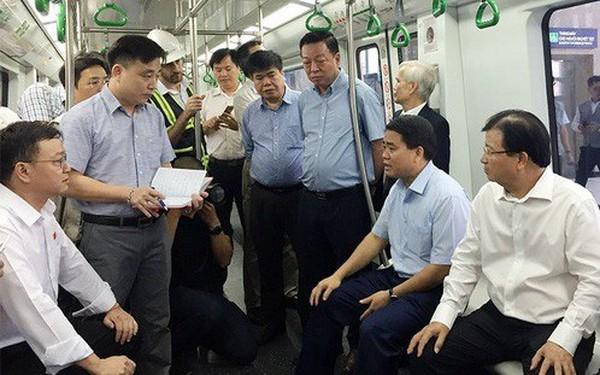 """Phó Thủ tướng """"truy vấn"""" Tổng thầu Trung Quốc trên tàu Cát Linh-Hà Đông: """"Các ông hứa bao giờ làm xong?"""""""