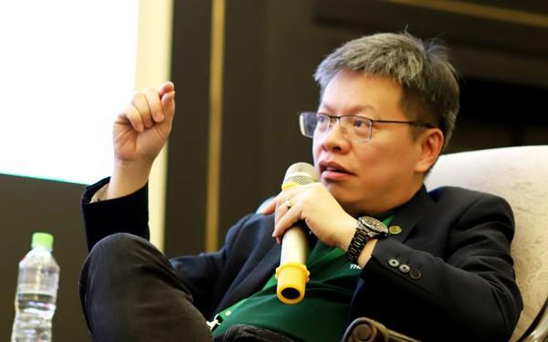 Ông Lê Quốc Vinh: Thương hiệu thành công là khi vấp ngã, có người chìa tay để nâng mình lên