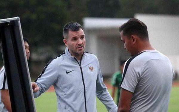Chuyên gia bóng đá Indonesia lo đội nhà không chạy nổi 90 phút trước Việt Nam