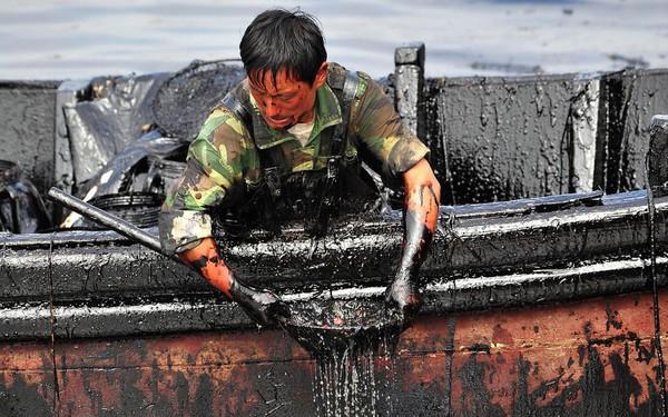 Rùng mình những vụ xả thải gây ô nhiễm nước trên thế giới