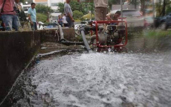 Kết quả xét nghiệm nước sông Đà mới nhất: An toàn nhưng không nên ăn uống!