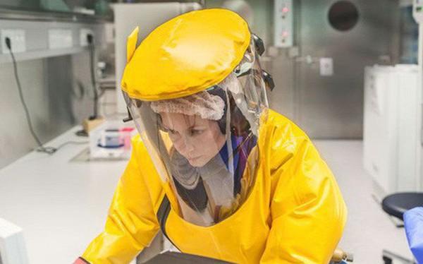 Nghe rất vô lý nhưng lại thuyết phục: Nhật Bản vừa nhập khẩu virus Ebola và 4 mầm bệnh sốt xuất huyết nguy hiểm nhất