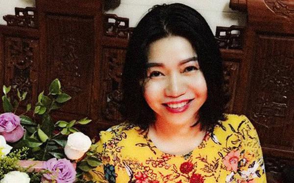 """Đang khỏe mạnh bỗng mắc ung thư vú, nữ giảng viên tự kỷ suốt 2 tuần rồi bừng tỉnh để """"tấn công ung thư trước khi nó tấn công mình"""""""