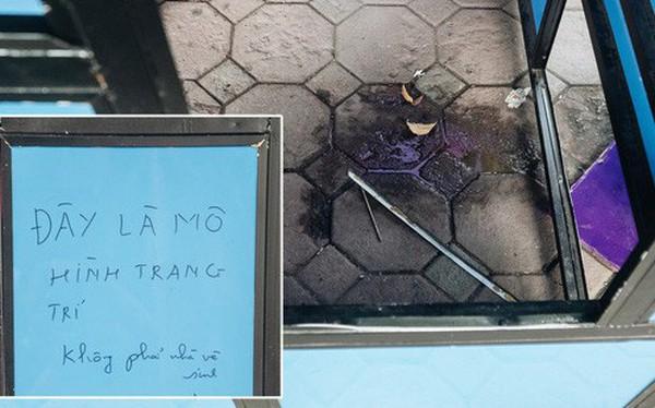 """Đáng buồn chuyện người dân đi vệ sinh bên trong tác phẩm nghệ thuật giữa phố đi bộ Hà Nội: """"Chúng tôi đã rất tâm huyết nhưng bị đối đáp thật thậm tệ"""""""