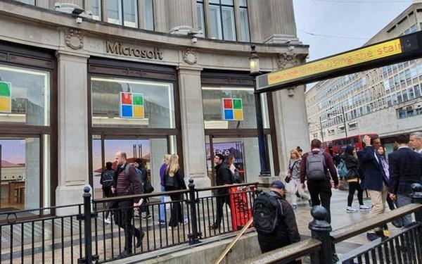 Nhà đầu tư lãi bao nhiêu nếu rót 1.000 USD vào cổ phiếu Microsoft 10 năm trước?