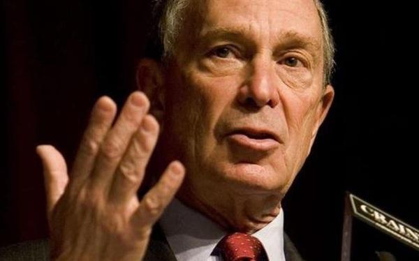 Ông Trump lại đau đầu, tỉ phú Bloomberg chạy đua tổng thống