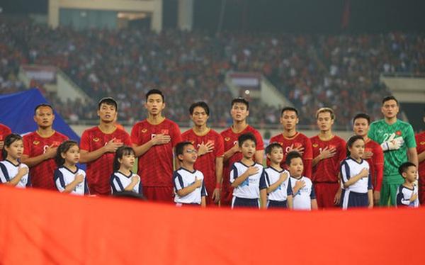 Việt Nam tiến gần thứ hạng lịch sử, bỏ xa Thái Lan 20 bậc trên BXH FIFA