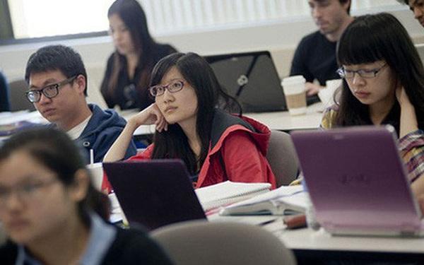 Việt Nam cũng tiếp tục đứng thứ 6 trong danh sách những nước dẫn đầu về số lượng sinh viên du học tại Hoa Kỳ...