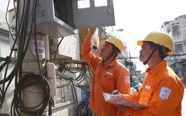 """Ngành điện lực phát hiện sốc: Một doanh nghiệp """"xài chùa"""" hàng chục tỷ đồng tiền điện"""