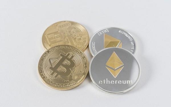 Bitcoin dao chieu, tu tin huong den 10.000 USD?