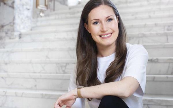 """Cuộc sống ít người biết của nữ Thủ tướng trẻ nhất Phần Lan: Từng cảm thấy """"vô hình"""" vì bị kỳ thị trước khi thành ngôi sao trên Instagram!"""