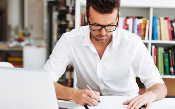 Tăng trưởng 2 chữ số trong lúc ngành di dộng giảm nhiệt, Laptop đang gỡ bí cho Thế giới Di động và FPT Retail?