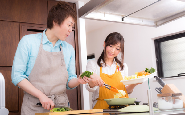"""Hơn 60% đàn ông Nhật tuyên bố vợ con, gia đình quan trọng hơn công việc vì """"sếp đâu có chăm sóc tôi đến cuối đời!"""""""