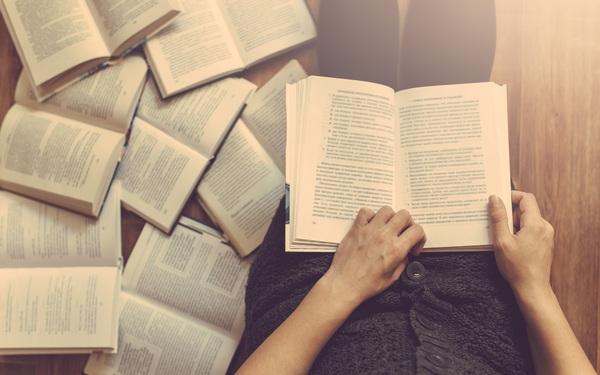 """Vị CEO khuyên bạn trẻ đọc 64 nguyên tắc thành công, nhưng nhắn thêm rằng: Những người """"dốt"""" mới đọc hết và bắt chước cả 64 nguyên tắc ấy!"""