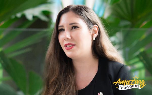 Phó Đại sứ 9X của Israel: Tôi thích cà phê Giảng và tin Việt Nam là nơi hoàn hảo cho 'kỳ trăng mật' dài gần 3 năm!