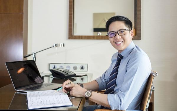 """Nghiên cứu ứng dụng """"tai nghe thông minh"""" cải thiện sức khỏe con người, Giáo sư 8X Việt Nam nhận giải thưởng danh giá về nghiên cứu khoa học tại Mỹ"""